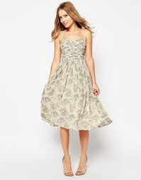 Платье миди со сборками и принтом ASOS WEDDING - Принт