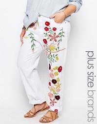Женские джинсы с вышивкой Alice & You - Белый