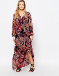 Платье макси с присборенной юбкой и принтом пейсли Boohoo