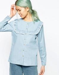 Джинсовая рубашка с оборками на груди ASOS - Светло-голубой