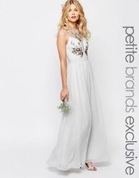 Платье макси с разрезом и цветочной отделкой лифа Chi-Chi London Petit