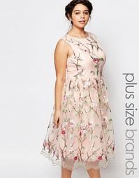 Короткое приталенное платье для выпускного с вышивкой Chi Chi London P