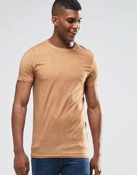 Длинная бежевая облегающая футболка с маслянистым эффектом ASOS