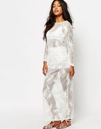 Кружевное платье Boohoo Barley There - Белый