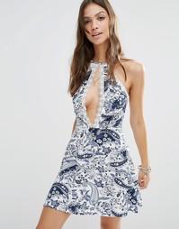 Платье-халтер с принтом пейсли, разрезом и кружевной отделкой Young Bo