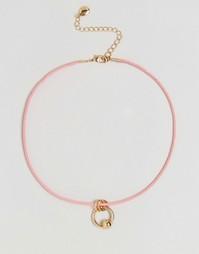 Замшевое ожерелье‑чокер с подвеской DesignB London - Розовый