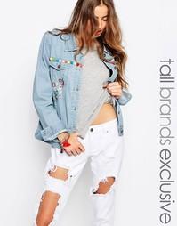 Джинсовая куртка бойфренда с вышивкой Liquor & Poker Tall - Синий