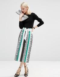 Кожаная юбка-карандаш со змеиным узором и пуговицами спереди ASOS