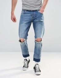 Светлые укороченные джинсы слим с рваными коленками ASOS