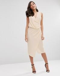 Платье-футляр миди с запахом ASOS - Телесный