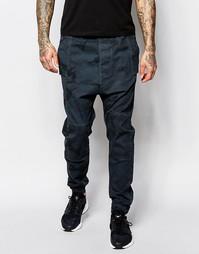 Спортивные камуфляжные штаны с заниженным шаговым швом ASOS