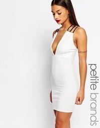 Облегающее платье с глубоким вырезом Boohoo Petite - Кремовый