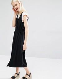 Платье миди с V-образным вырезом Monki - Черный