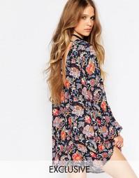 Платье-туника с цветочным принтом, длинными рукавами и завязками сзади Reclaimed Vintage