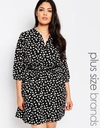 Платье с маргаритками и ремнем Yumi Plus - Черный