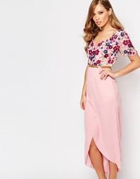Платье миди с запахом спереди и отделкой Virgos Lounge - Розовый
