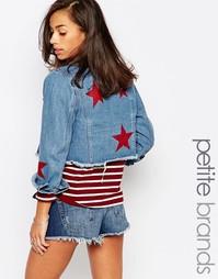 Джинсовая куртка с аппликациями в виде звездочек Boohoo Petite - Синий