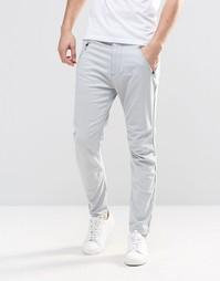 Спортивные штаны в стиле чиносов Hollister - Светло-серый