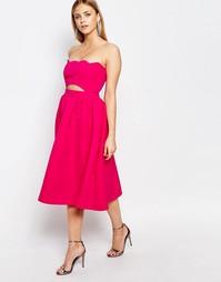 Платье для выпускного с фигурным краем Boohoo - Розовый
