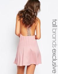 Платье с кружевной спинкой‑борцовкой Glamorous Tall - Розовый