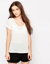 Классическая белая футболка с V-образным вырезом JDY