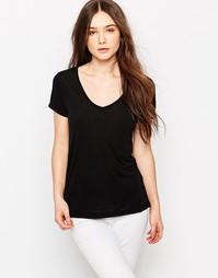 Классическая черная футболка с V-образным вырезом JDY