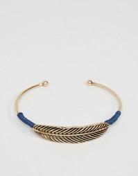 Золотистый браслет с пером ASOS - Золотой