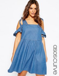 Джинсовое платье с присборенной юбкой и открытыми плечами ASOS CURVE