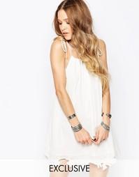 Платье на бретельках с кружевной аппликацией Glamorous - Кремовый