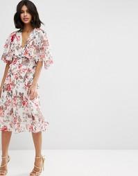 Мягкое платье миди с цветочным принтом в винтажном стиле и кейпом ASOS