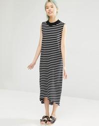 Платье миди в полоску с контрастной горловиной Monki - Полоски