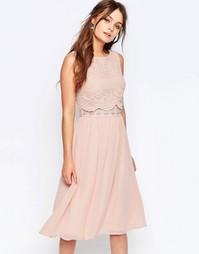 Короткое приталенное платье с кружевным верхним слоем Elise Ryan