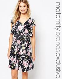 Двуслойное чайное платье для беременных с оборкой сзади Bluebelle Mate