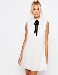 Платье-рубашка без рукавов с завязкой у воротника Fashion Union