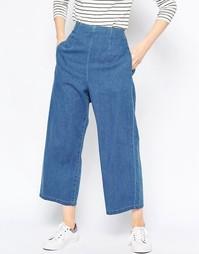 Светлые джинсы из мягкого стираного денима с широкими штанинами ASOS