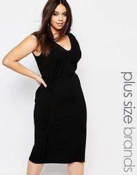 Платье миди в рубчик с завязкой на талии Club L Plus Esentials