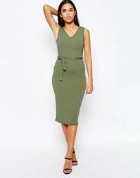 Платье миди в рубчик с поясом Club L - Хаки