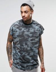 Oversize-футболка без рукавов с камуфляжным принтом и широкой отделкой Asos