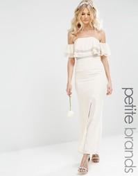 Платье макси с открытыми плечами и отделкой TFNC Petite - Телесный
