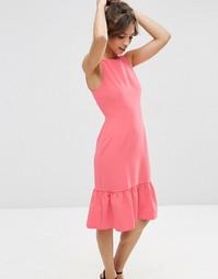 Платье миди с оборкой по краю ASOS - Розовый