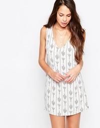 Цельнокройное платье с принтом Goldie Dream Team - Слоновая кость