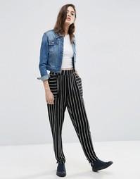 Трикотажные брюки‑галифе в черно‑белую полоску ASOS - Черно-белый