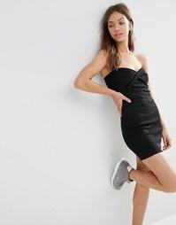 Облегающее платье‑бандо с перекрученным дизайном спереди Boohoo