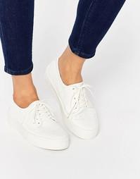 Кроссовки на шнуровке со змеиным принтом ASOS DRUMMER - Белый