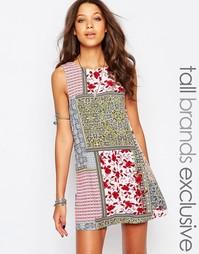 Цельнокройное платье без рукавов с принтом в стиле пэтчворк Glamorous