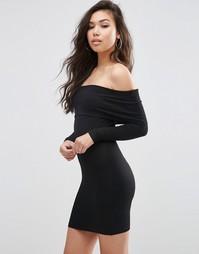 Короткое приталенное платье с длинными рукавами и открытыми плечами AS Asos