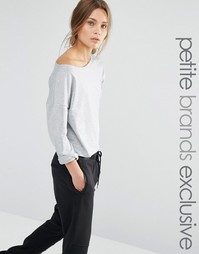 Свободный свитер с открытыми плечами One Day Petite - Серый меланж