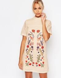 Цельнокройное платье с вышивкой Fashion Union - Песок