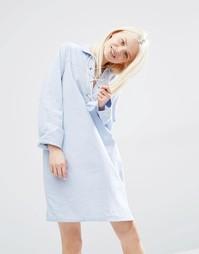 Цельнокройное платье‑рубашка со шнуровкой Monki - Голубой шамбре