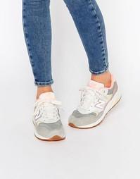 Кроссовки в розовый горошек с белой отделкой New Balance 580